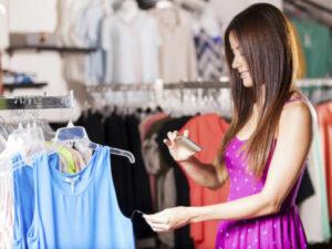 Social Media Vs Visual Merchandising